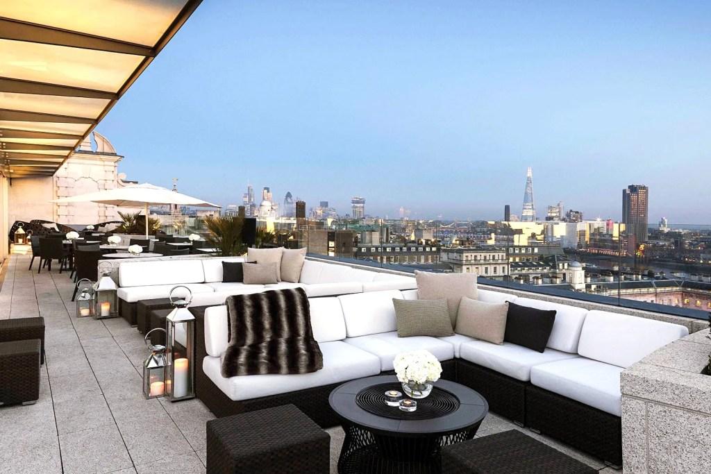 Radio Rooftop Bar London - Best Rooftop Bars London - London Lifestyle Blog The LDN Diaries