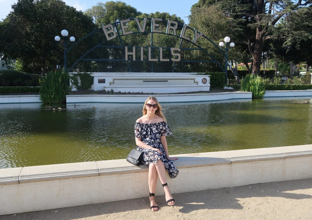 Beverly Hills Sign - 10 Things To Do In Los Angeles