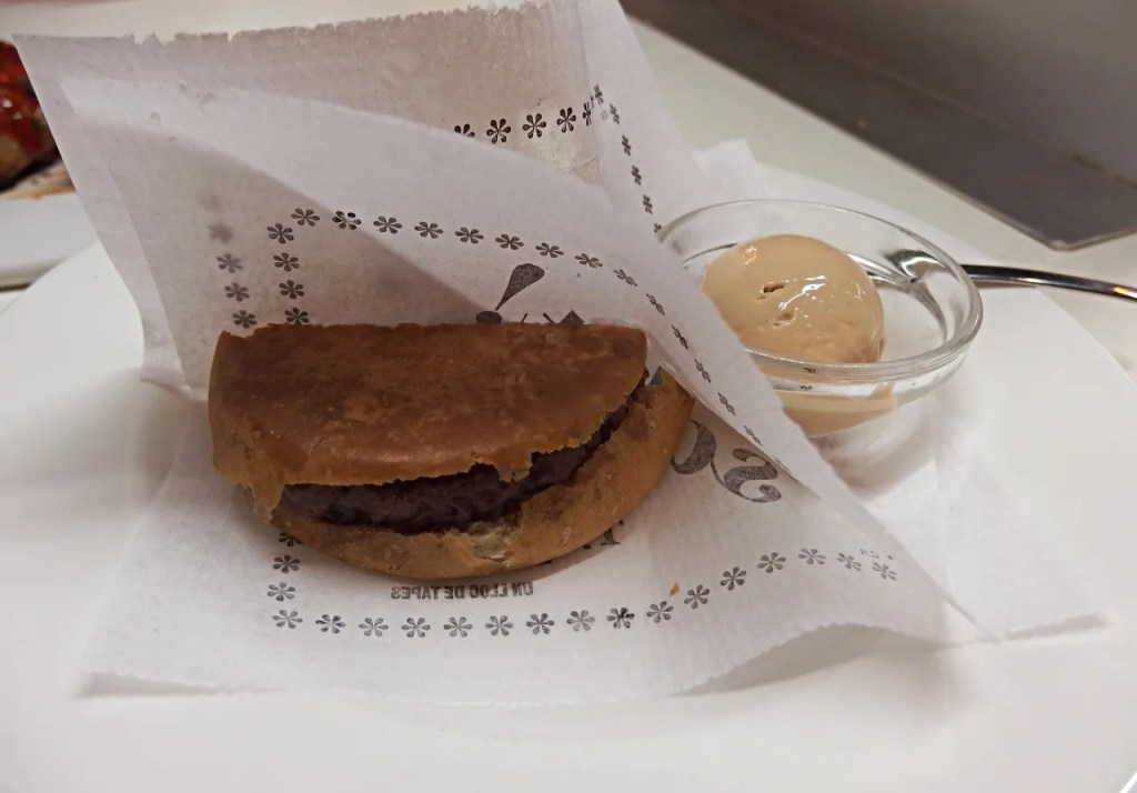 McFoie Mini Burger | Tapas 24 | Barcelona