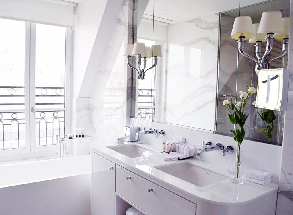 Bathroom at Suite Palais Royal Paris