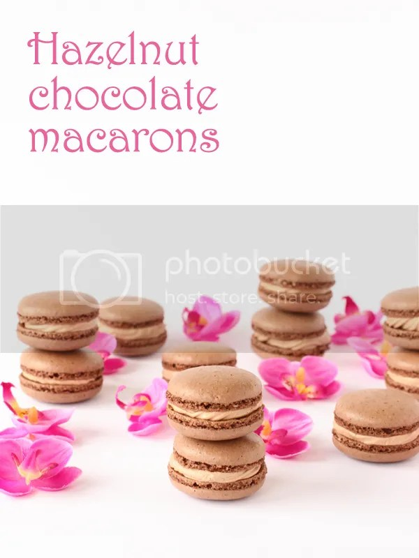 Hazelnut Chocolate Macarons Plus Printable Template | Pizzarossa