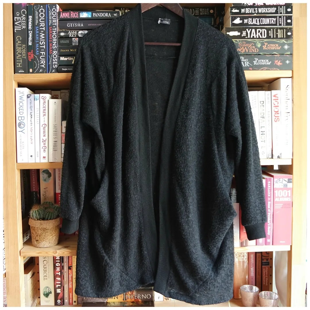 Urban Outfitters Black cardigan