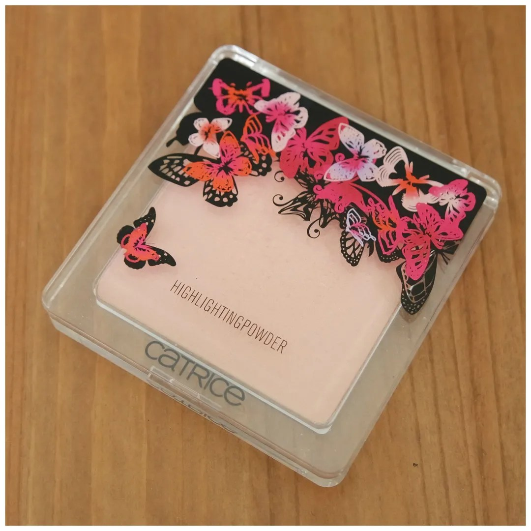 Catrice Enter Wonderland Highlighting Powder