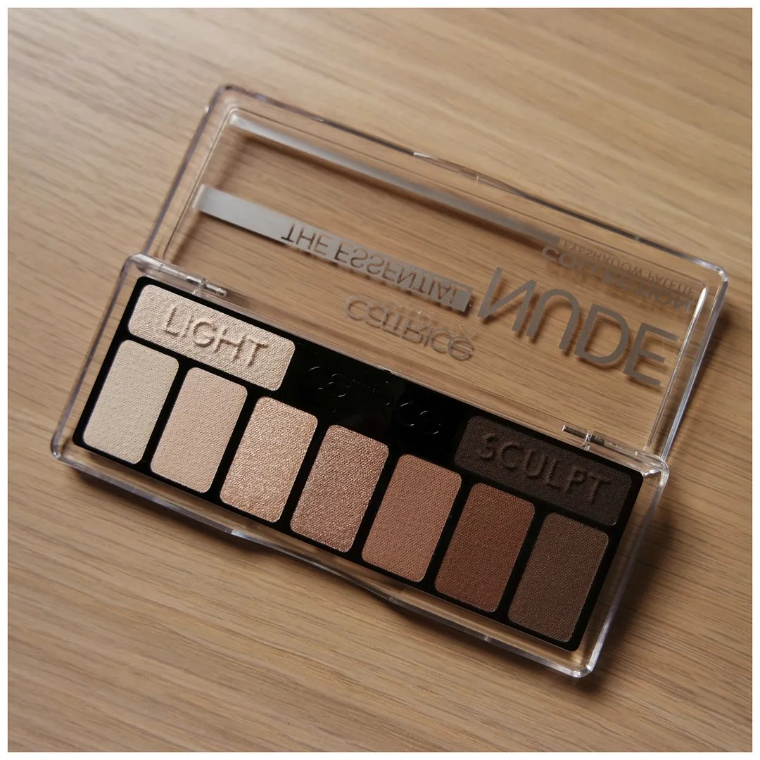 Catrice The Essential Nude Eyeshadow Palette Floating In Dreams Review Swatch