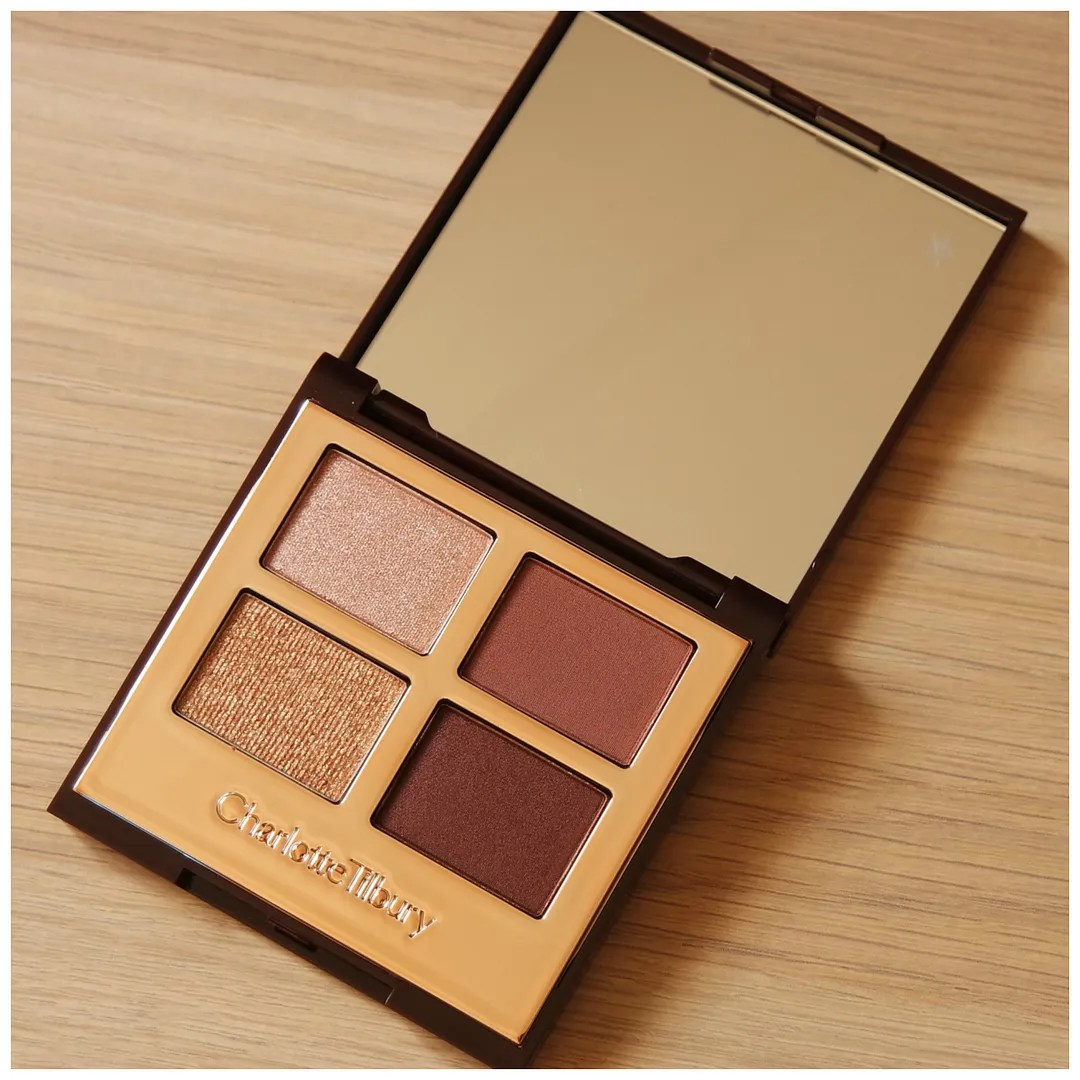 Charlotte Tilbury The Vintage Vamp eyeshadow quad review swatch