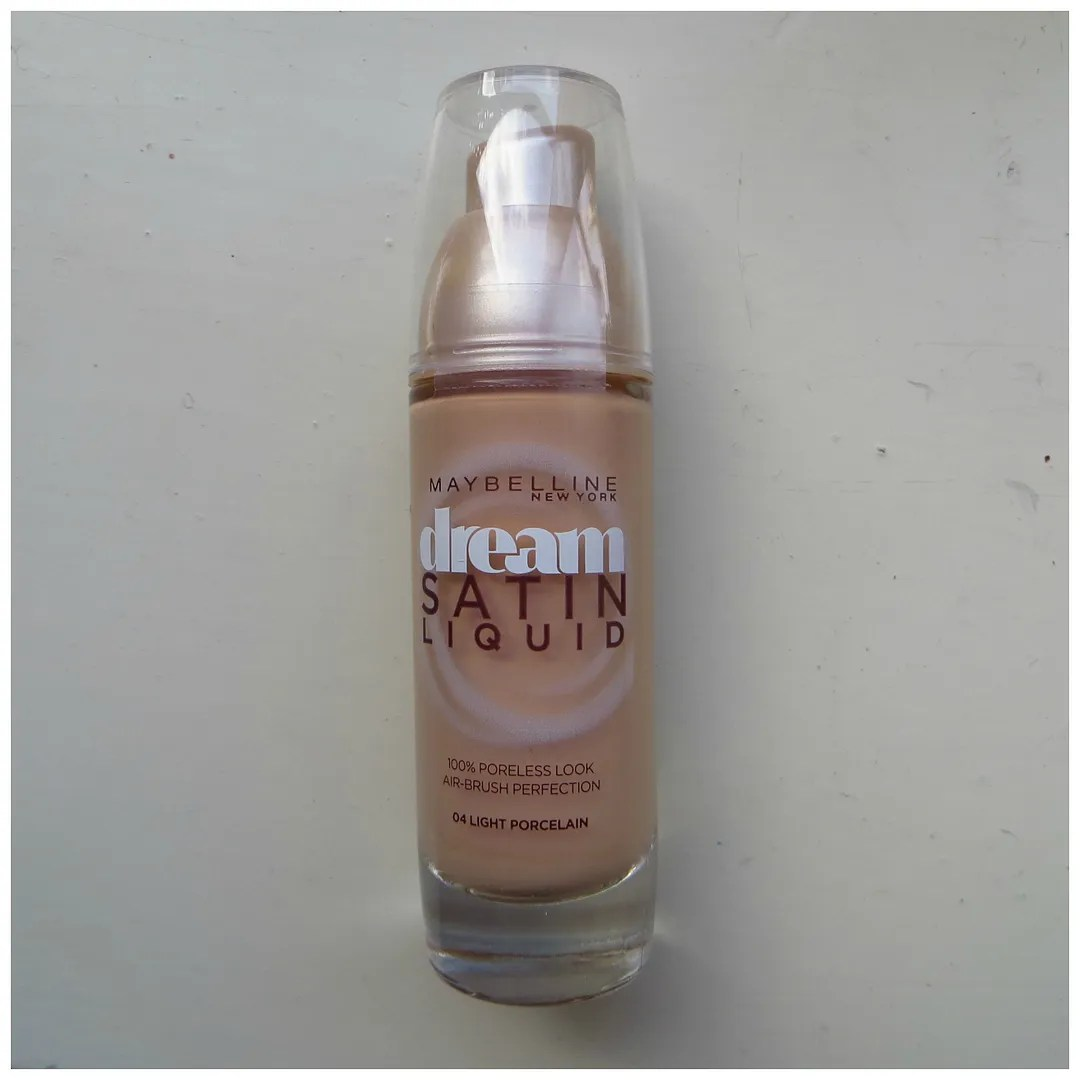 Maybelline Dream Satin Liquid Foundation 04 Light Porcelain