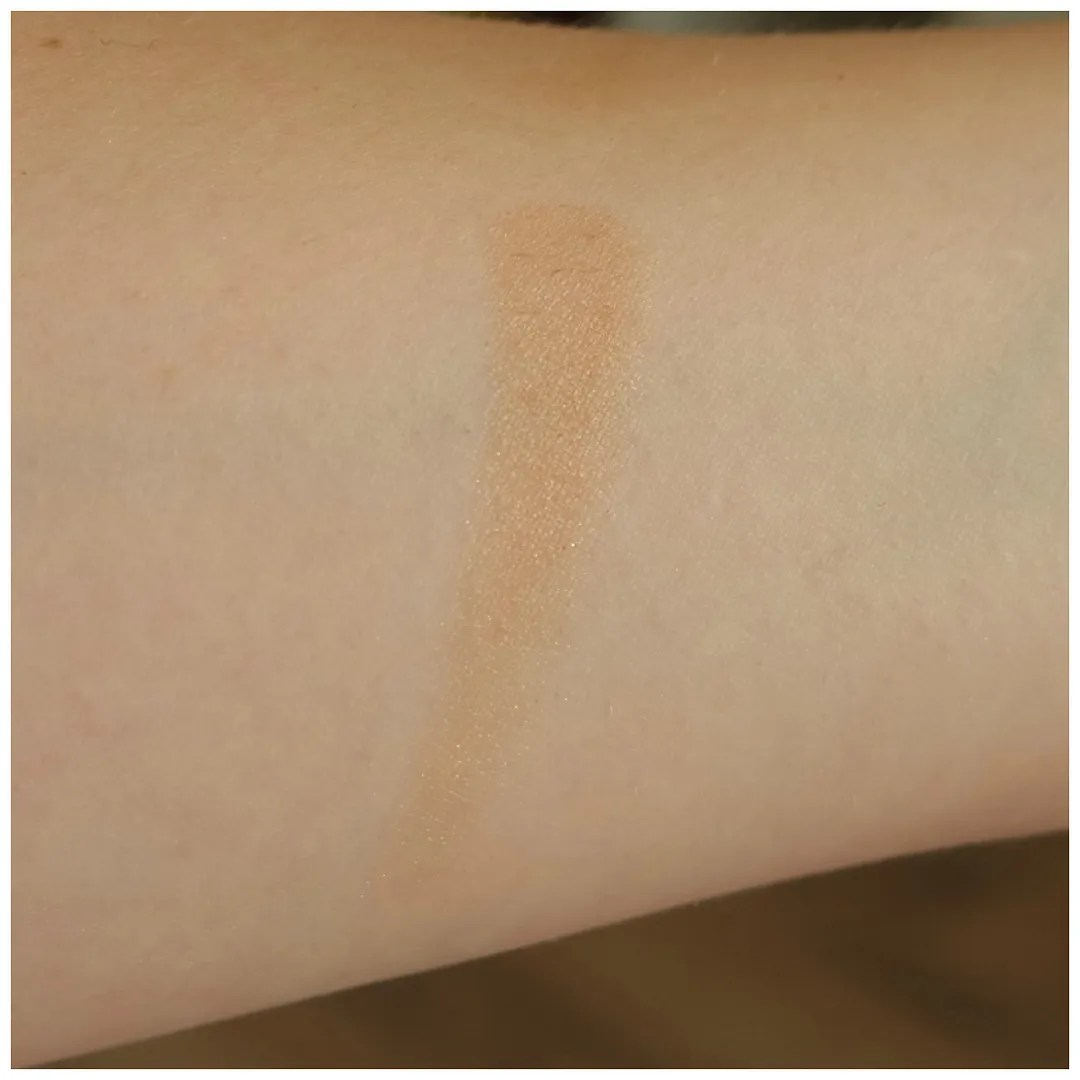 becca sunlit bronzer bali sands review swatch