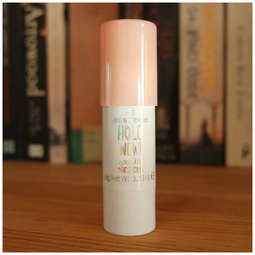 essence holo wow holographic highlighter stick cream review swatch
