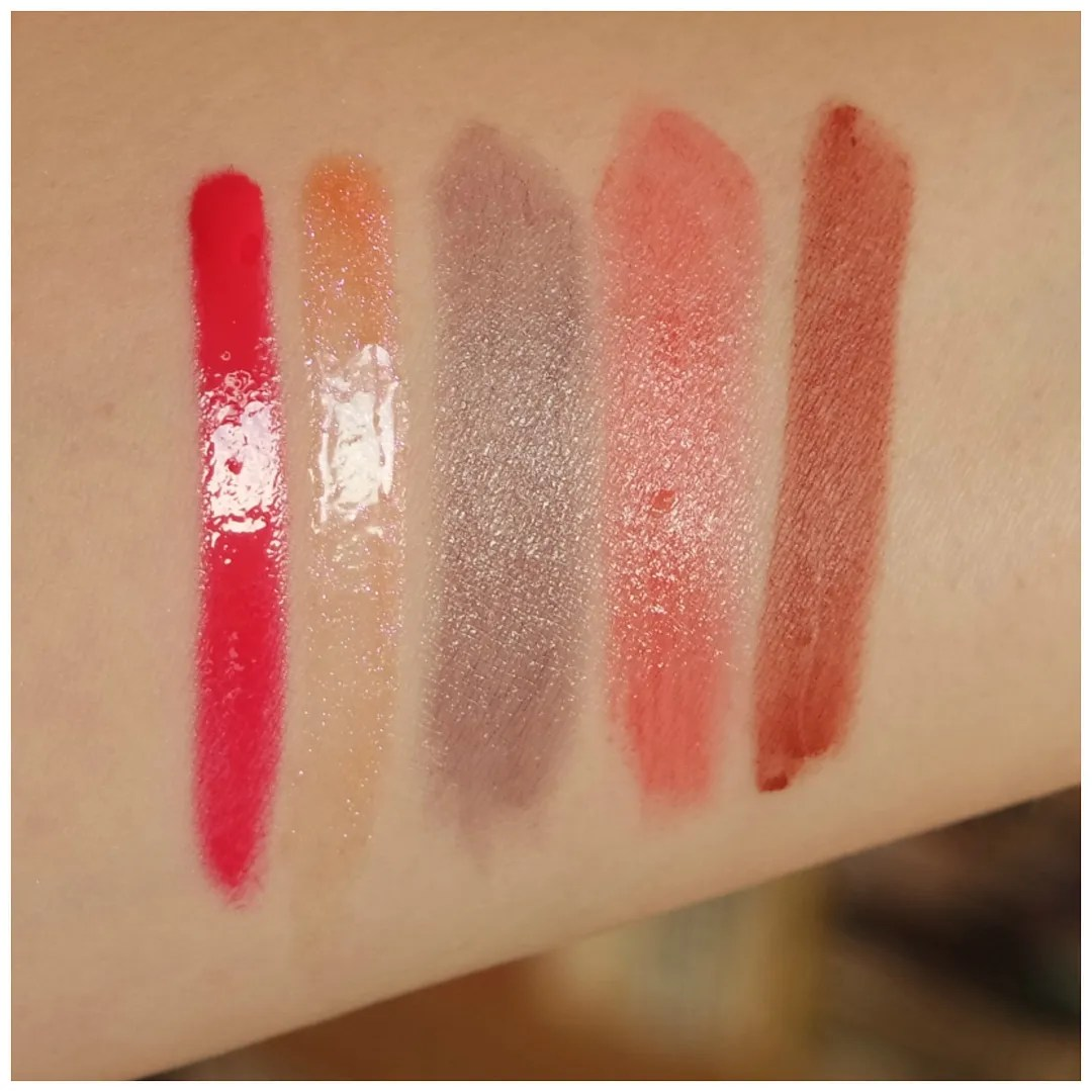 new 2018 essence lipsticks review swatch Essence Colourboost Vinylicious liquid lipstick Barbie's Favorite Essence Colour Up Shine On 06 Strawberry Popsicle & 14 Leather Vamp Essence This is Me Nude Lipstick Retro Macaron Essence Holo Wow Dewy Lip Shine Butterfly Flap