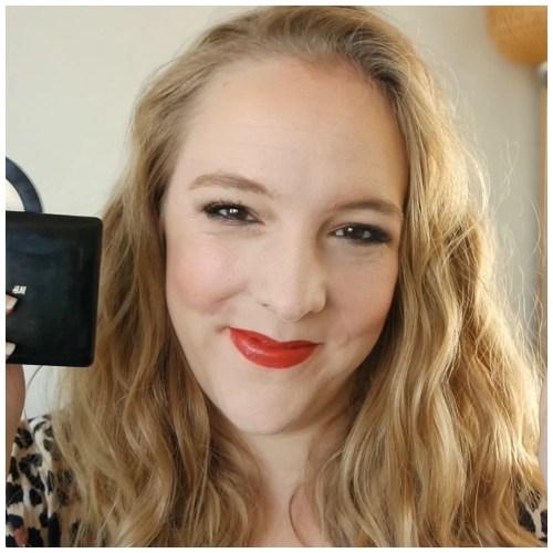 face makeup favorite foundation blush highlight bronzer concealer powder