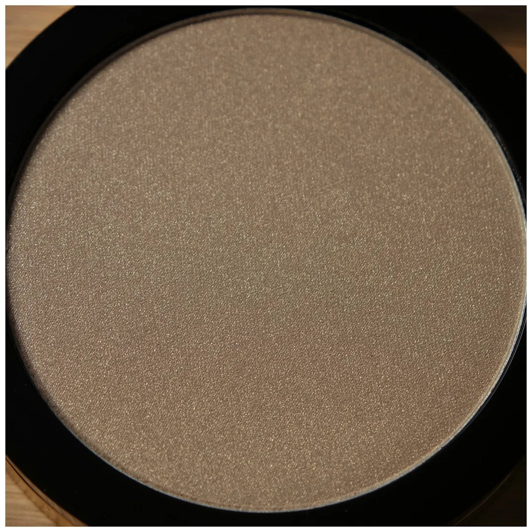 la girl strobelite highlighter 110 watt strobing powder review swatch