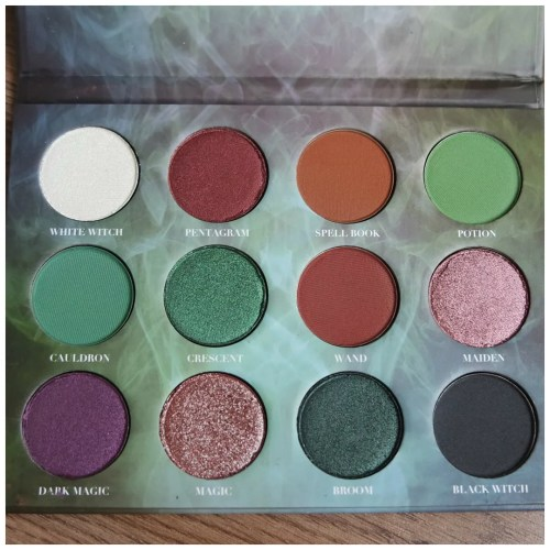 meesha lou cosmetics witchcraft eyeshadow palette indie makeup review swatch