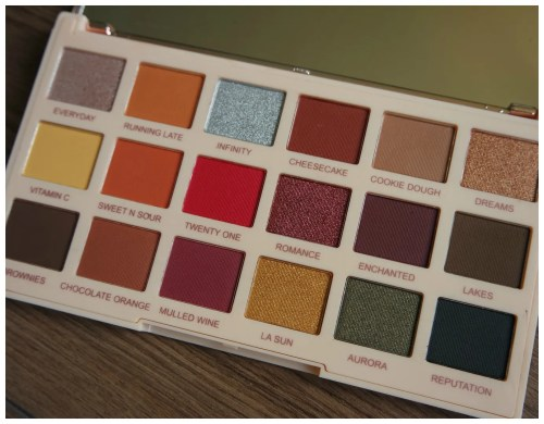 make up revolution soph extra spice eyeshadow palette review swatch makeup look application