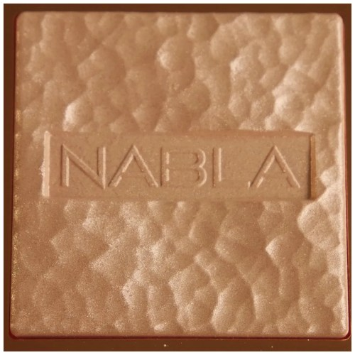 nabla skin glazing highlighter privilege review swatch application makeup look fair skin