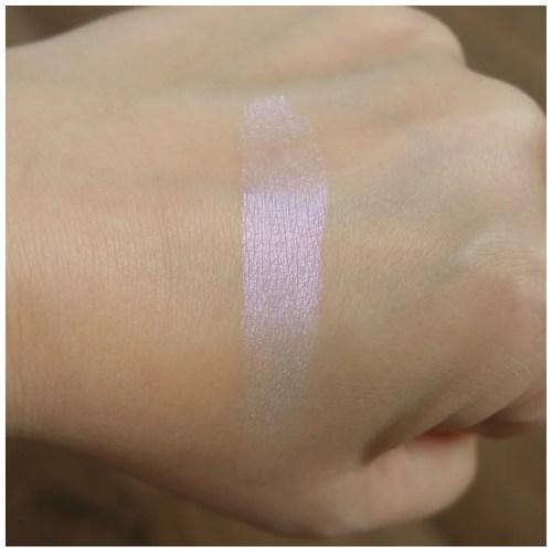 physician's formula butter highlighter murumuru review swatch iridescence fair skin
