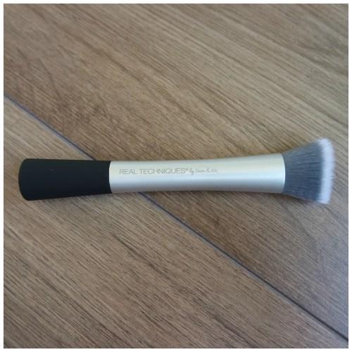 real techniques makeup brush complexion blender primer review skincare