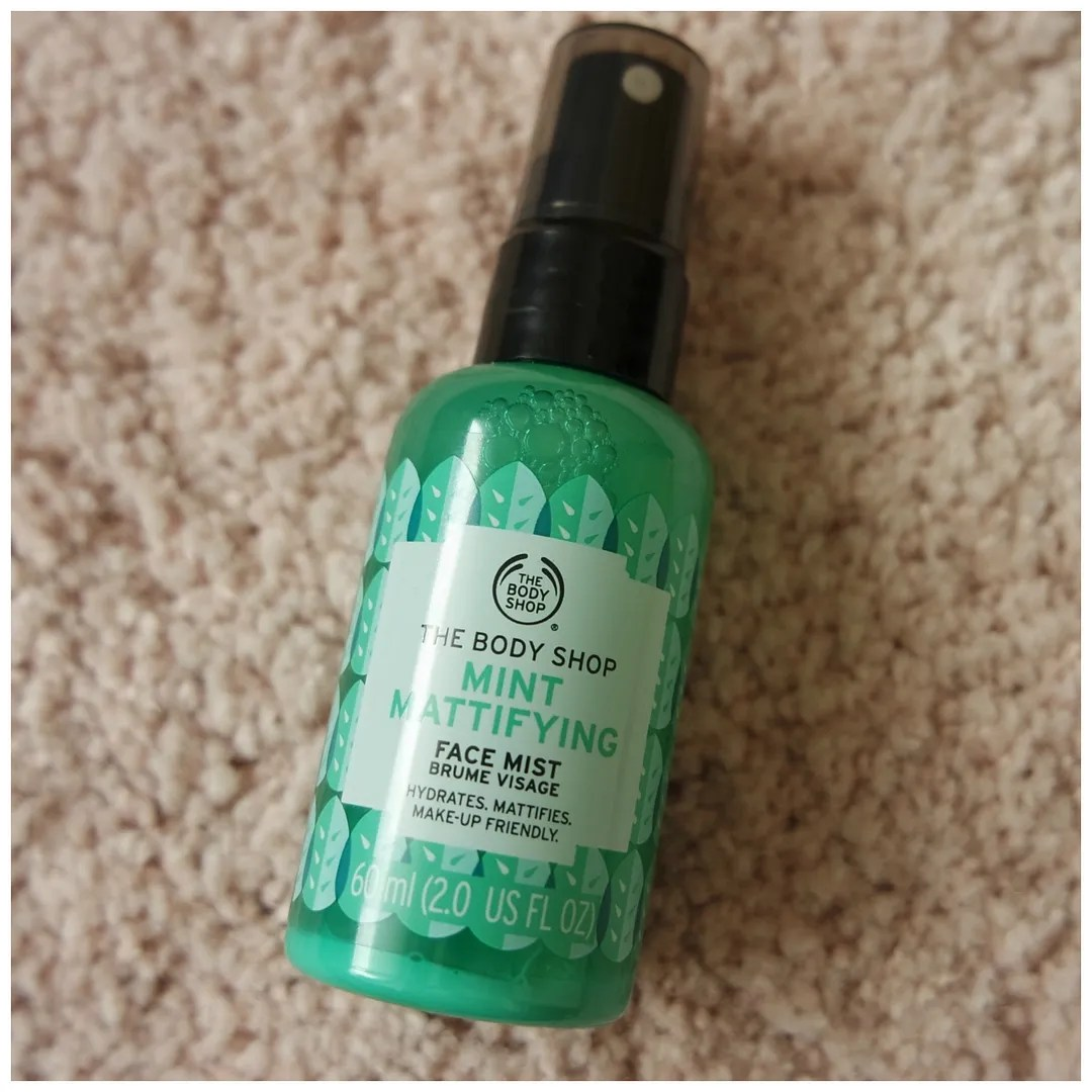 The Body Shop Mint Mattifying Face Mist review swatch skincare