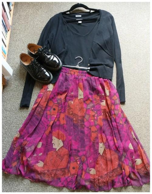 how I wear pleated skirts