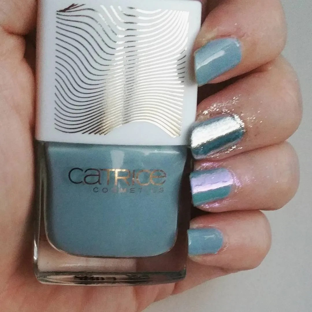 Catrice Pulse of Purism nail polish review swatch limited edition