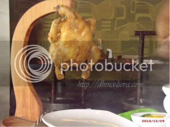 LaMesa Grill's Pinatayong Manok