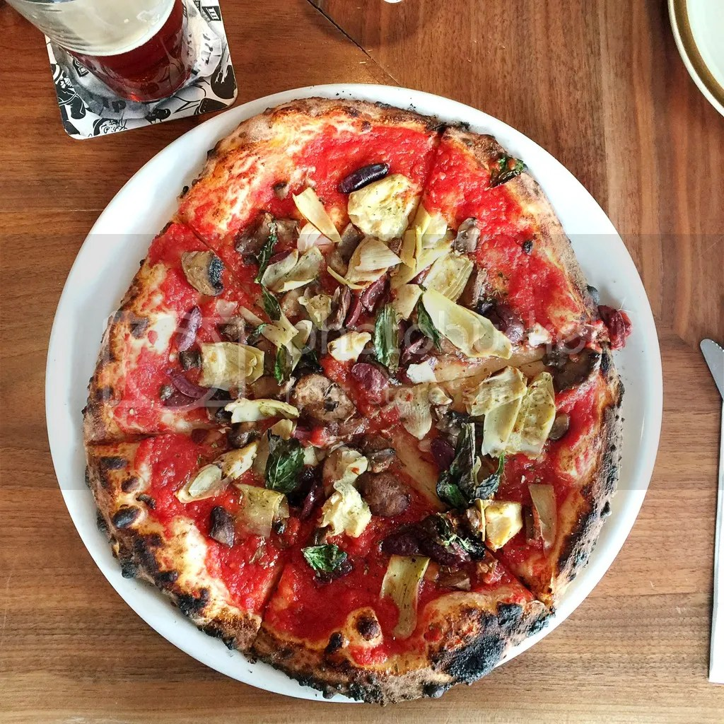 Vegan pizza at Crosscut in Nederland, CO