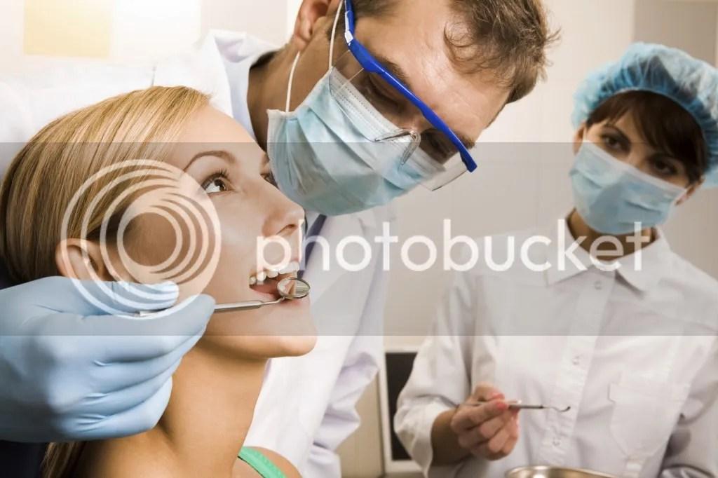 Cara Memutihkan Gigi Kuning Berkarat Menjadi Putih Permanen