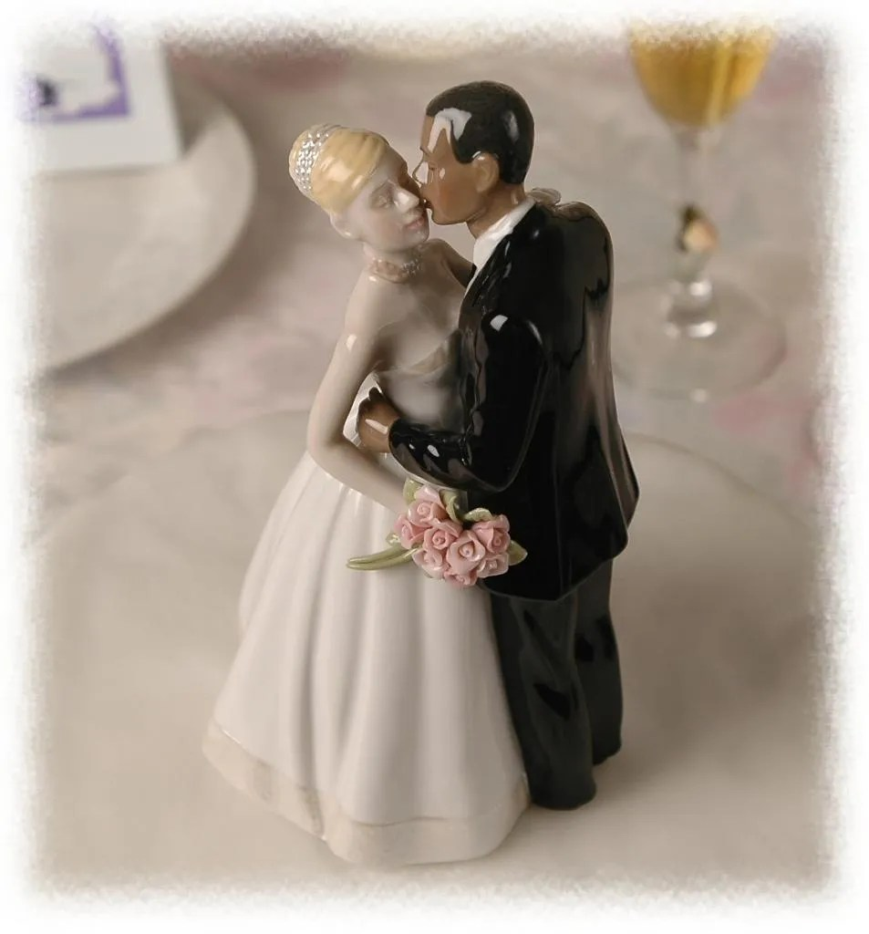 Interracial bride and groom wedding cake topper this excellent