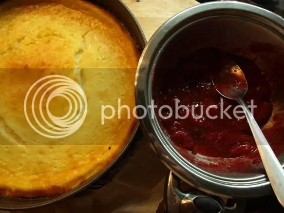 Preparada la mermelada para la tarta de queso