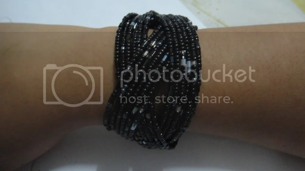 black beaded celtic knot bracelet