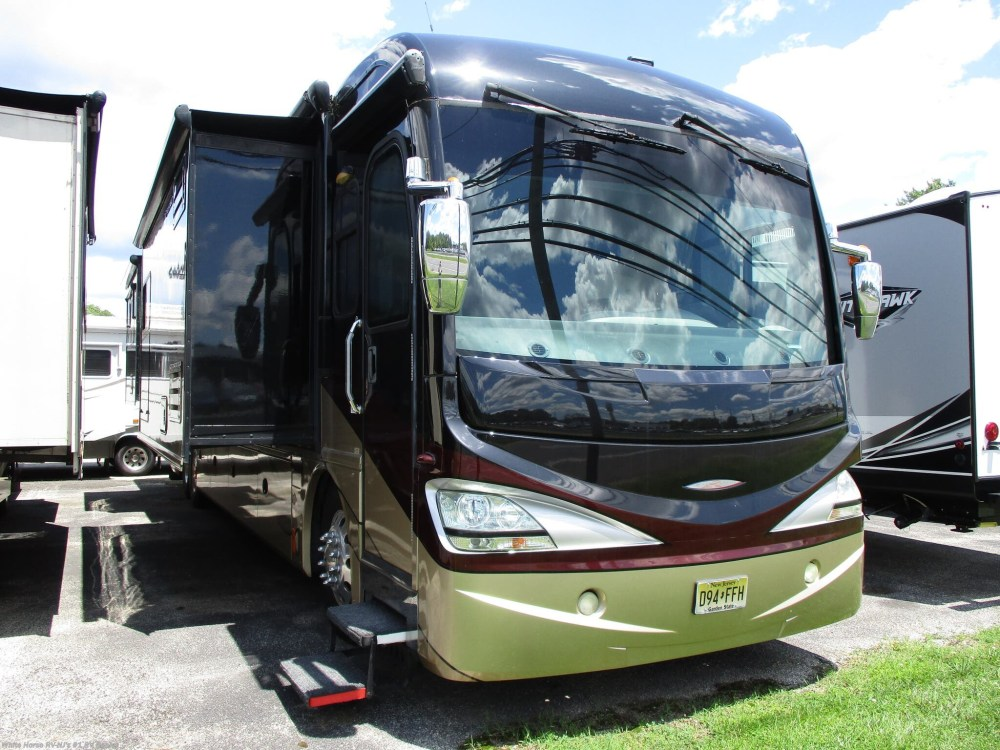 medium resolution of 2009 fleetwood revolution le 42k floorplan image