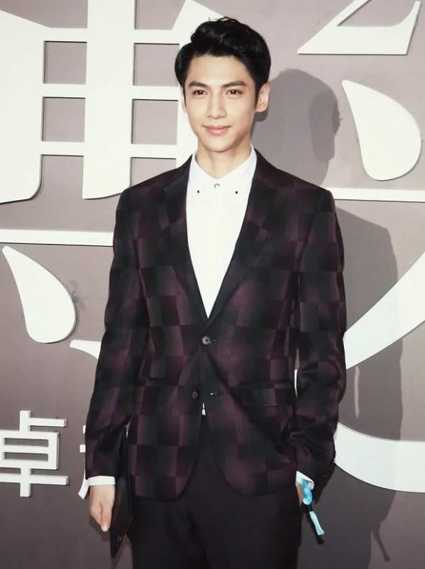 photo WeiboFif 48.jpg