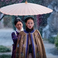 #如懿傳 #延禧攻略 Ruyi's Royal Love in the Palace – Story of Yanxi Palace | #TelevisionWardrobe - Traditional Hangzhou West Lake #ChineseSilkUmbrellas……..