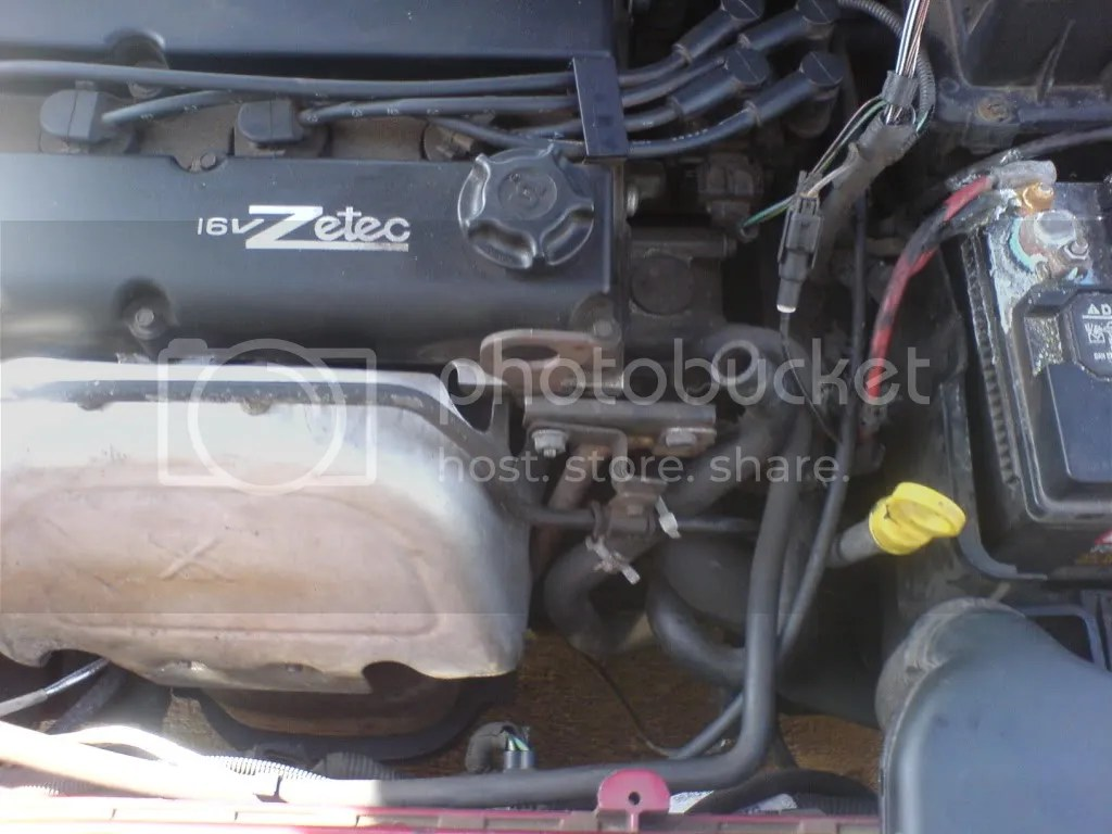 hight resolution of zetec engine cooling diagram heater hose to nowhere pics advice welcome ford focus forum rh focusfanatics com 2001 ford focus