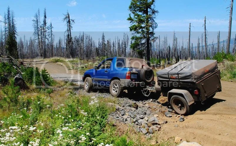 Jeep Trailer Dinoot M416 on Santiam Wagon Trail Oregon rough patch