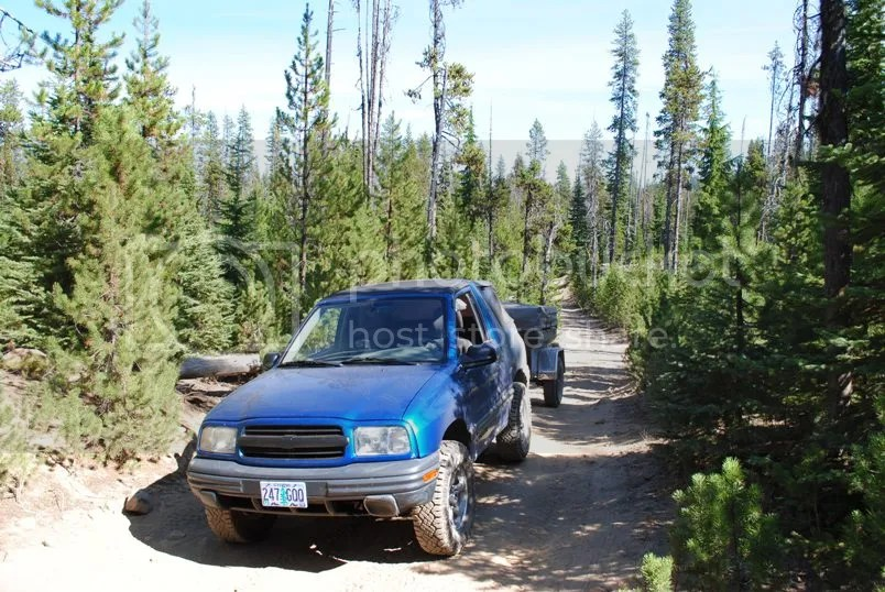 Jeep Trailer Forest Road Oregon Adventure with Compact Camping Trailers and Dinoot Trailers 4WD Trail Little Cultus Lake and Taylor Lake