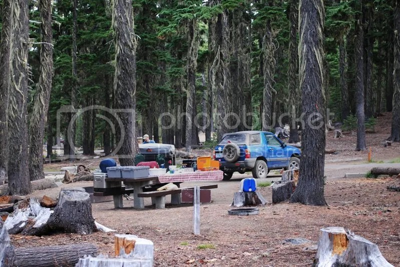 Jeep Trailer Forest Road Oregon Adventure with Compact Camping Trailers and Dinoot Trailers 4WD Trail Waldo Lake