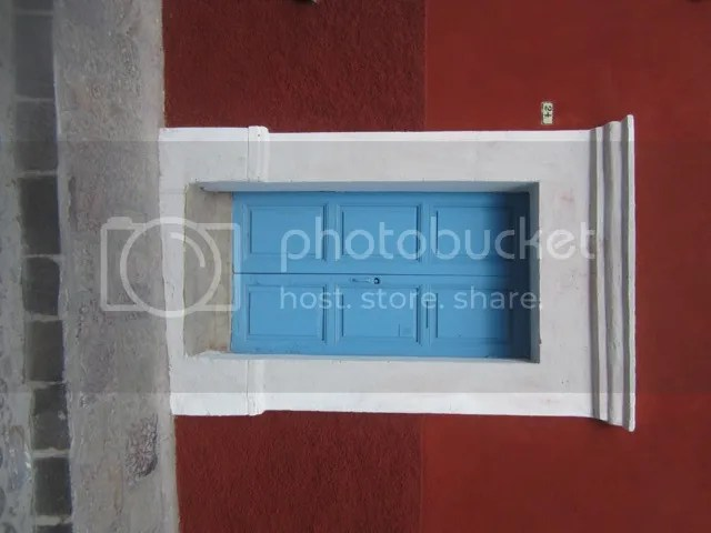Blue door, San Miguel