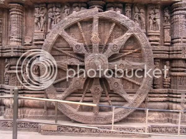 Konark sun temple chakra