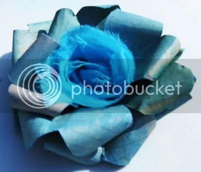 paper ribbon flower