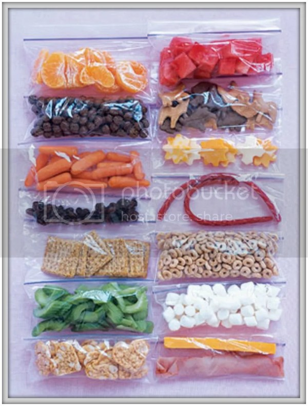 Tips to get your family out the door on time: separate snacks and lunch items into individual, ready-to-grab bags to speed up lunch prep