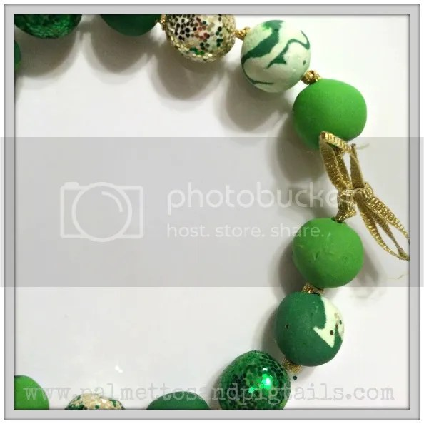 {Leprechaun Pearls} DIY St. Patrick's Day Bubblegum Necklaces