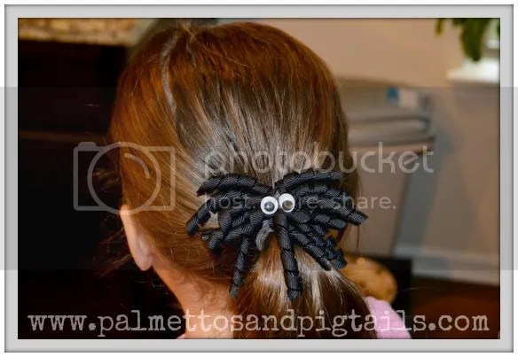 Spider Corkscrew Bow Tutorial from Palmettos and Pigtails