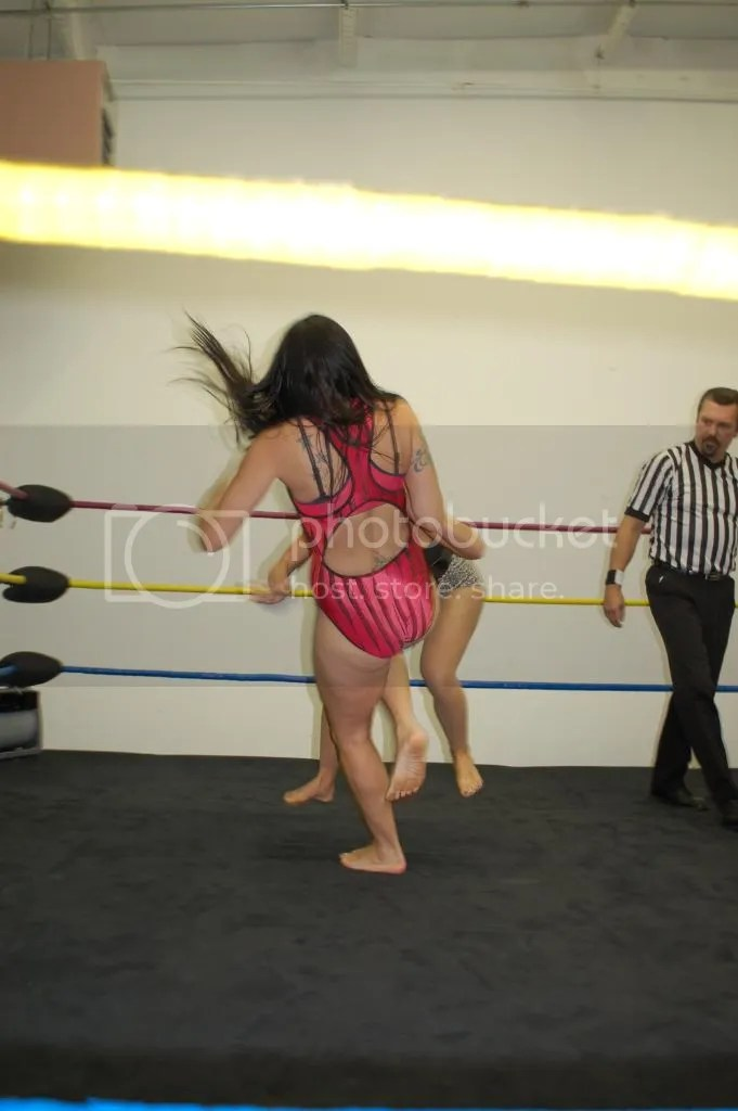 """""""Smokin' HOTT"""" Nikki Lane drives her right knee into the mid-section of her oppoent as the one-on-one match has officiallt started photo DSC_0427.jpg"""