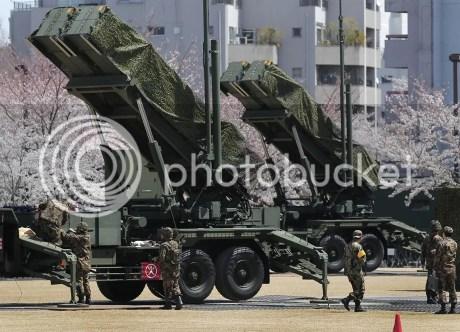 Elhárító rakéták Tokió utcáin