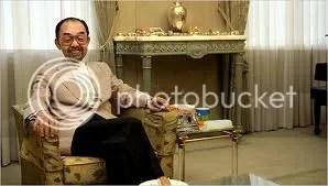 Elhunyt Tomohito herceg