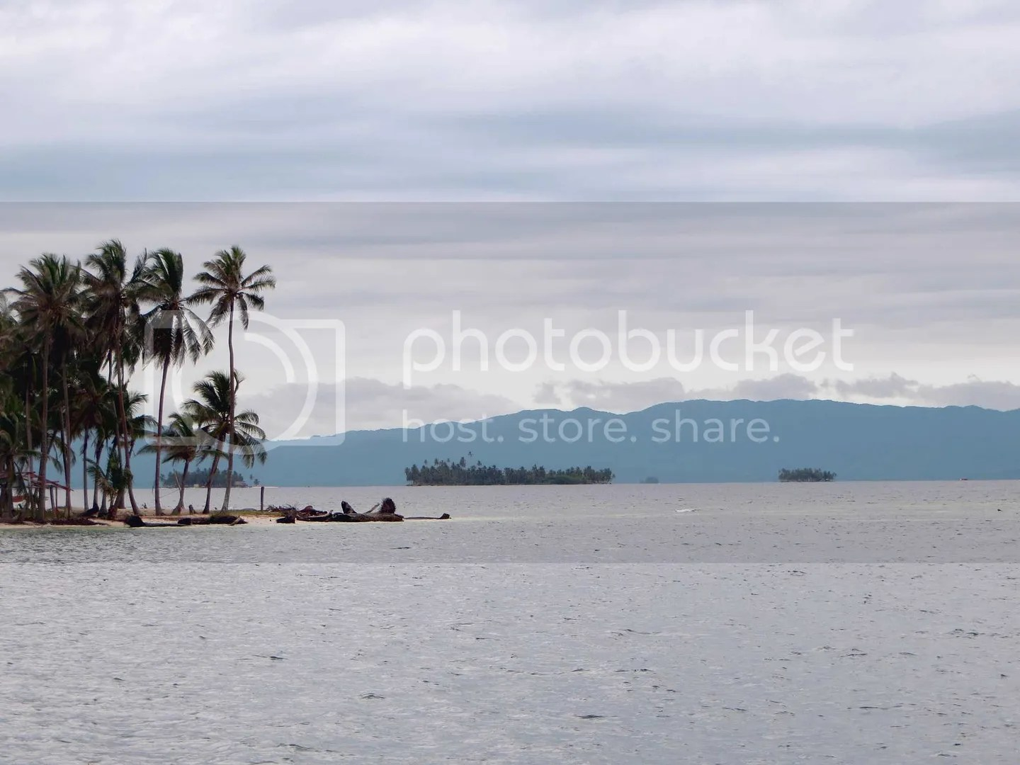 Overcast San Blas with Mountains in background