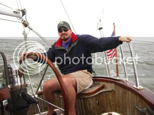 Tate Sailing the North Shore
