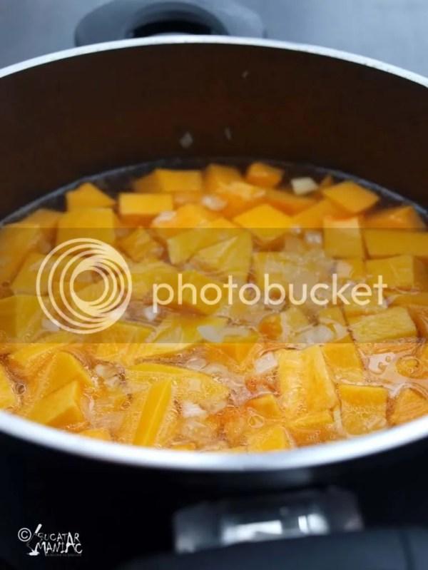 supa de ludaie,supa de dovleac,supa crema de dovleac,supa cu pere,dovleac cu nuca