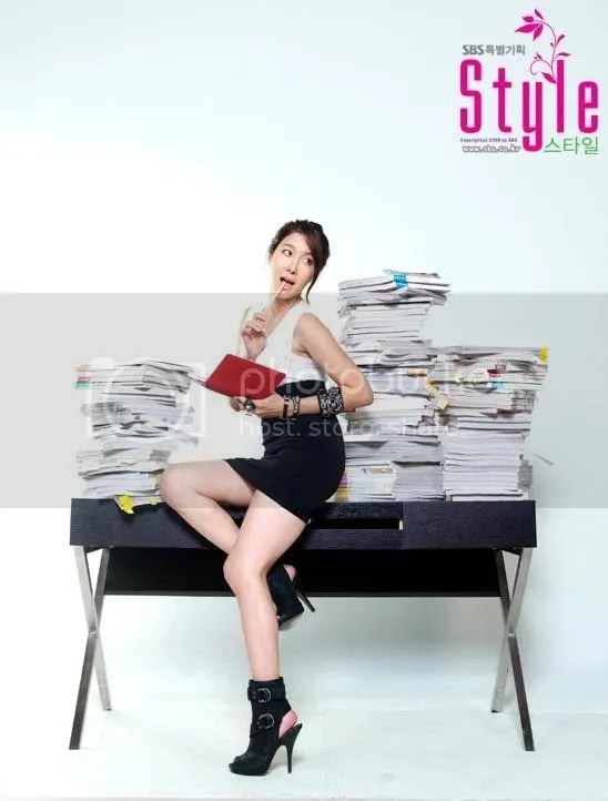 Foto Pemain Drama Korea STYLE : Lee Ji Ah sbg Lee Seo Jung