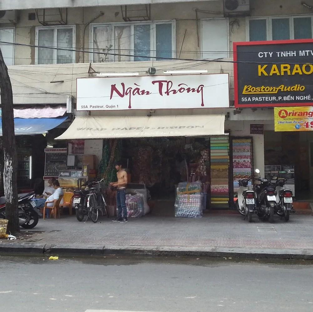 Ngan Thong Paper Shop (1/6)